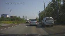 Ayık Rus Şoför ve Çamur İlişkisi