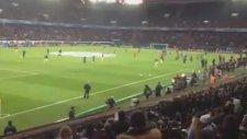 Messi ve Alves'in Maç Öncesi İbretlik Isınmaları