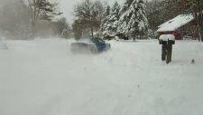 Araba ile Kar Küremek!