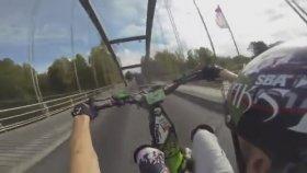 Go Pro Eşliğinde Köprü Kirişlerinden Motosiklet İle Geçmek