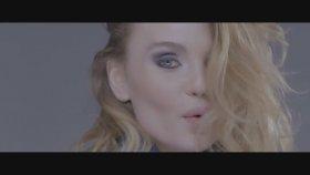 Akcent Feat. Liv - Faina (Official Music Video)
