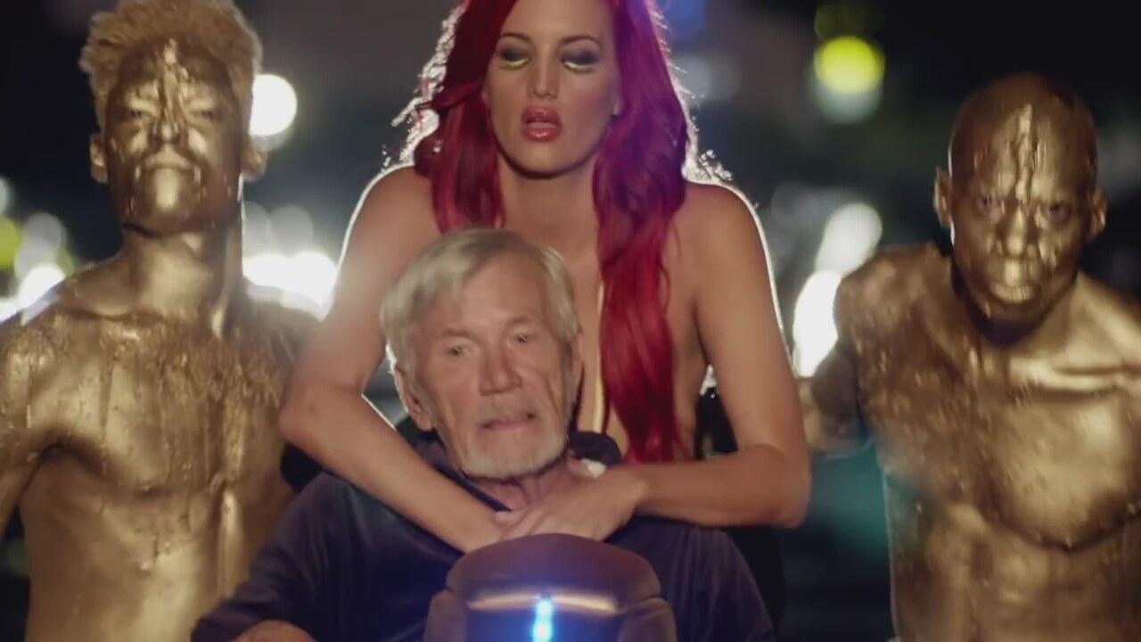 Shakira ass shake video