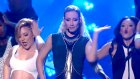 Iggy Azalea ft. Charli XCX - Fancy/Beg For It (Medley) (Canlı Performans)