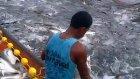 Balıkçılar İzleyin. Balık Nasıl Yakalanır...
