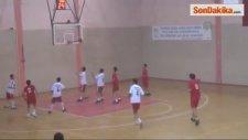 Engelli Sporcular Basketbol Maçı Oynadı