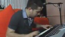 Gereksiz Hızlı Piyanist Terminatör Umut Açıkgöz 2