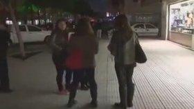 Sarılmak Beleş - Free Hugs (Adana)