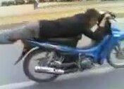 Yatarak Motorsiklet Kullanmak