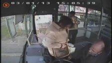 Öğrenci Kartıyla Otobüse Binen Kadın ve İnatçı Şoför