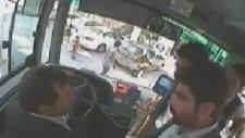Yol Kesip Halk Otobüsü Şoförünü Dövmek