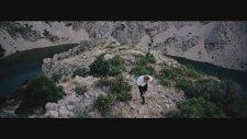 Claire - Broken Promise Land (Horizon)