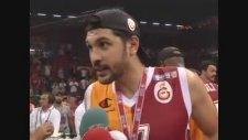 NTV Mikrofonunu Yere Atan Cenk Akyol