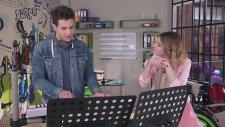 Violetta 3-Supercreativa -  Alex Y Violetta