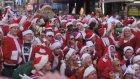 Binlerce ''Noel Baba'' Times Meydanı'nda Toplandı