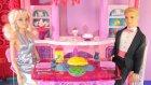 Barbie Keni yemeğe davet ediyor - 3.Bölüm(Yemek) - EvcilikTV Barbie Videoları