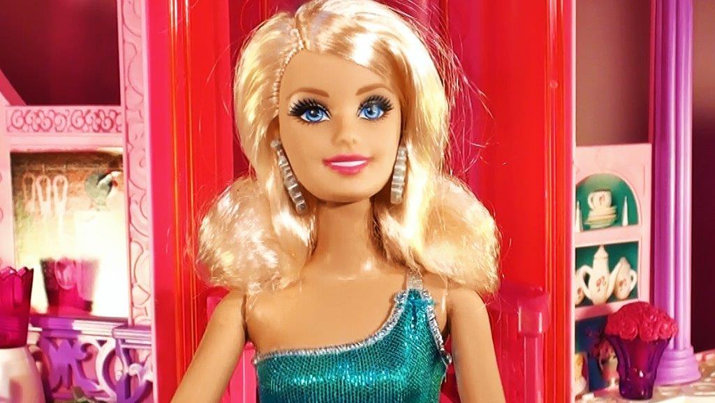 Barbie r ya evi 1 b l m mutfak evciliktv - Barbi sirene 2 film ...