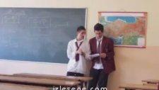 Sınıfta Müzikal