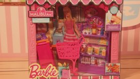 Barbie Market Alışverişi Yapıyor