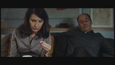 Avant Laube (2011) Fragman