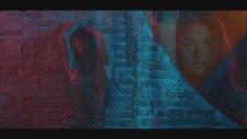 Ayshe Feat. Cem Belevi - Kim Ne Derse Desin