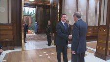 İngiltere Başbakanı Cameron'ı Kabul Etti