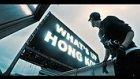 Hong Kong'un Devasa Binalarındaki Reklam Ekranını Hackleyen Gençler