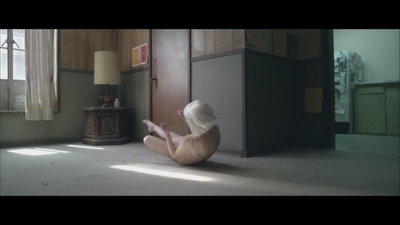 Chandelier Şarkıları Dinle - Müzik Klipleri | İzlesene.com