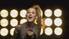 Violetta  - Juntos Somos Mas (Official Music Video)