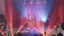 Violetta 3 -Roxy, Camila y Fausta cantan A Mi Lado