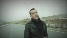 Cem Adrian - Yollardayım (Official Video)