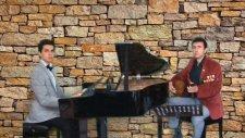 Piyano Bağlama İki Keklik Bir Kayada Ötüyor Balikesir Edremit İlçesi Yöre Koro Galeri Son Çalışma Pr