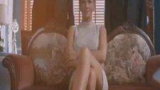 İvana Sertten Sharon Stone pozu