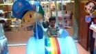 Bir Küçük Adam - Alışverişte Eğleniyor Bölüm 2