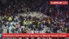 Uluslararası Dart Finalinde Sandalye ve Masalar Havada Uçuştu