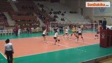 Voleybol: Gürcistan: 3 - Romanya: 1