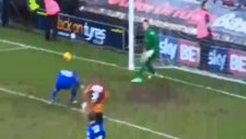 Yeşil Sahalarda görülmemiş gol şaşkına döndüler