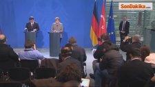 Davutoğlu ve Merkel - Türkiyenin ABye Tam Üyeliği