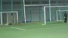 Mala Bağlatan Penaltı Vuruşu