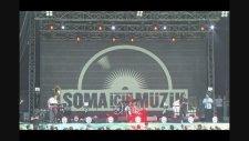 Kolektif İstanbul Feat. Ciguli - Kerize (Canlı Performans)