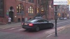 Polonya'da Sokağa Kurulan Tümsek