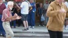 Dans Eden Hacı Dede ve Arkadaşları