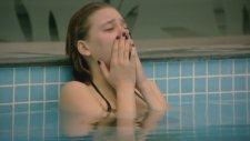 Havuzun İçinde Ağlamak - Medcezir
