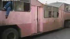 Kübalı'nın Toplu Taşıma Aracıyla İmtihanı