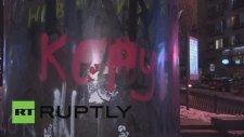 Lenin Heykeli Yerine Gelen Altın Tuvalet - Ukrayna