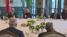 Cumhurbaşkanlığı Sofrası'nda Akademisyen ve Fikir İnsanlarını Ağırladı