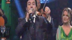 Mehmet Safak - Şarkılar Seni Söyler Dillerde Nağme Adın