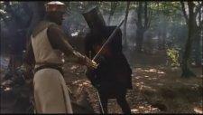 Monty Python and the Holy Grail - Kara Şövalye Sahnesi (1975)