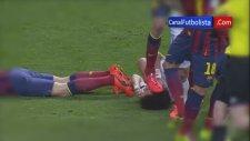 Sergio Busquets'in Pepe'nin Yüzüne Basması