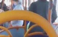 Londra Otobüsündeki Kavgayı Türkçe Engellemeye Çalışan İyi Niyetli Amca