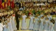 Barış Manço & Venezuellalı Çocuklar - Arkadaşım Eşşek (1987)